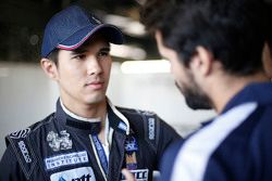 Tin Sritrai, Campos racing