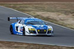 #45 Flying Lizard Motorsports Audi R8 LMS: Darren Law, Tomonobu Fujii, Johannes van Overbeek, Guy Cosmo