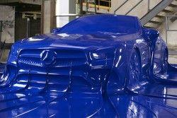 Mercedes-Benz SL en latex