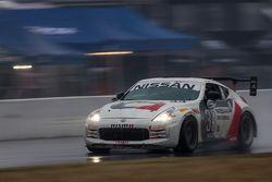 #33 CA Sport, Nissan 370Z: Ray Mason, Lara Tallman, Carl Rydquist, Vesko Kozarov, Byron Smith