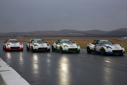 Mazda USA, Mazda MX-5 bei der Zieldurchfahrt