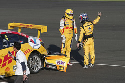 Tom Coronel, Chevrolet RML Cruze TC1, ROAL Motorsport and Nicky Catsburg, Lada Vesta WTCC, Lada Sport Rosneft crash