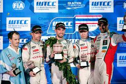 Race 1 podium: winner Jose Maria Lopez, Citroën World Touring Car team, Second place Sébastien Loeb,