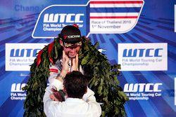 Podio: Jose Maria Lopez, Citroën World Touring Car team