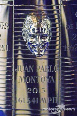 2015 Indianapolis 500 Champion Juan Pablo Montoya, Team Penske with Scott Gillette from Borg-Warner