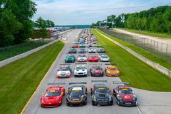 Full Pirelli World Challenge grid