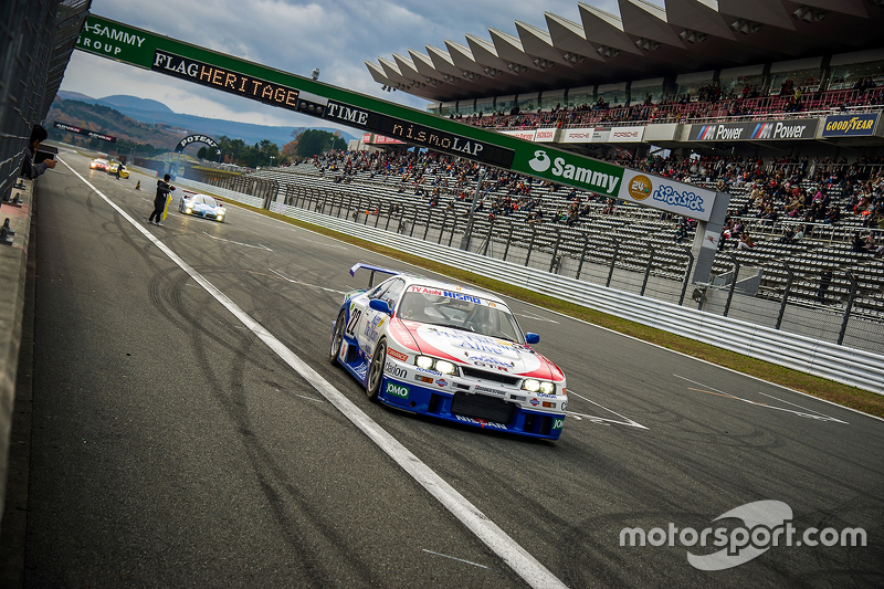 On track action з a Nissan GT-R R32