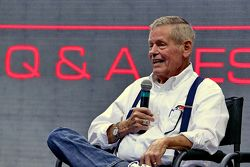 Bobby Unser speaks at the PRI Show