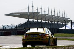 Ники Катсбург, Lada Vesta WTCC, Lada Sport Rosneft