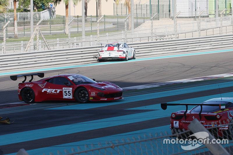 #55 AF Corse Ferrari 458 Italia: Jack Gerber, Marco Cioci, Ilya Melnikov в біді