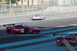 #55 AF Corse, Ferrari 458 Italia: Jack Gerber, Marco Cioci, Ilya Melnikov in trouble