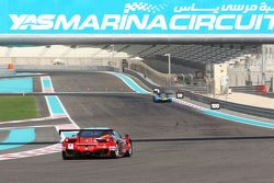 #88 Dragon Racing, Ferrari 458 Italia: Frederic Fatien, John Hartshorne, Alex Kapadia