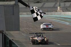 #23 CRM Wolf GB08: Angelo Negro, Philippe Prette meraih kemenangan di balapan bagian pertama