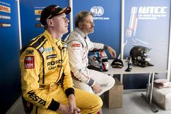 尼基·卡斯伯格,拉达车队;伊万·穆勒,雪铁龙WTCC车队