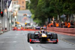 Daniel Ricciardo participa de evento da Red Bull em Perth, sua cidade natal. O australiano fez uma apresentação com o carro campeão de 2011 da escuderia
