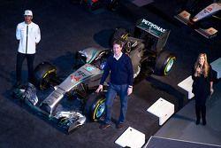 Lewis Hamilton und Ola Kaellenius