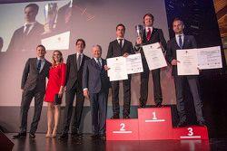 Porsche Cup Champions: second place Klaus Bachler, champion Ryan Dalziel, third place Marco Seefried