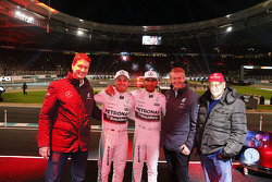 Ola Källenius, Membro Daimler AG Board, Nico Rosberg, Mercedes AMG F1, Lewis Hamilton, Mercedes AMG