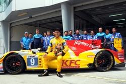 希恩·盖勒埃尔和Oreca-日产 03R赛车