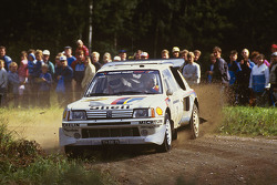 Timo Salonen e Seppo Harjanne, Peugeot 205 T16