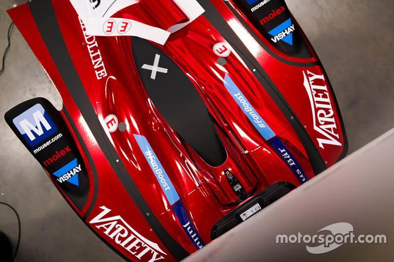 Dragon Racing, vettura