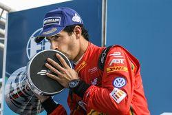 Podium: tweede Lucas di Grassi, ABT Schaeffler Audi Sport