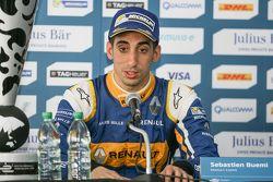 Persconferentie, winnaar Sébastien Buemi, Renault e.Dams