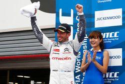 Winner Jose Maria Lopez, Citroën World Touring Car team