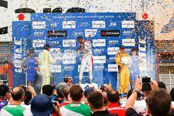 Tiago Monteiro, Honda Racing Team JAS, Hugo Valente, Campos Racing and Rob Huff, Lada Sport Rosneft