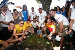 Nestor Girolami, Nika International, Nicky Catsburg, Lada Sport Rosneft, Rob Huff, Lada Sport Rosnef