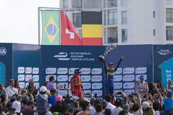Podium: winnaar Sébastien Buemi, Renault e.Dams, tweede Lucas di Grassi, ABT Schaeffler Audi Sport,