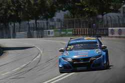 Nestor Girolami, Honda Civic WTCC, Nika International