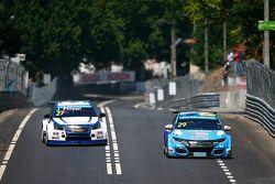 Нестор Джиролами, Honda Civic WTCC, Nika International и Джон Филиппи, Chevrolet RML Cruze TC1, Camp