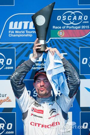 Podium: race winner Jose Maria Lopez, Citroën World Touring Car team