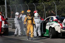 Tiago Monteiro, Honda Civic WTCC, Honda Racing Team JAS and Jaap van Lagen, Lada Vesta WTCC, Lada Sp