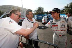 El ganador de carrera, Ma Qing Hua, Citroën World Touring Car team e Yves Matton, Citroën World Tour
