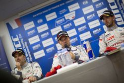 Conferencia de prensa: Yvan Muller, Citroën C-Elysee WTCC, Citroën World Touring Car team, Sébastien