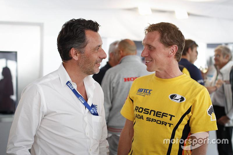 François Ribeiro, Eurosport Events Motorsport Director and Jaap van Lagen, Lada Vesta WTCC, Lada Sport Rosneft