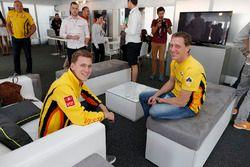 Ники Катсбург, Lada Vesta WTCC, Lada Sport Rosneft и Яп ван Лаген, Lada Vesta WTCC, Lada Sport Rosneft