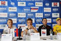 Press conference: Matej Homola, Chevrolet RML Cruze TC1, Campos Racing, Sébastien Loeb, Citroën C-El