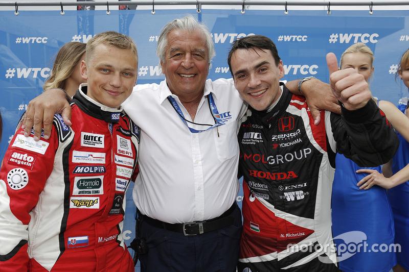 Norbert Michelisz, Honda Civic WTCC, Zengo Motorsport, dan Matej Homola, Chevrolet RML Cruze TC1, Ca