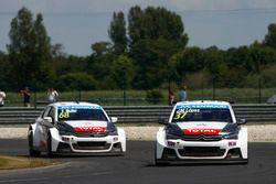 Yvan Muller, Citroën C-Elysee WTCC, Citroën World Touring Car Team und Jose Maria Lopez, Citroën C-E