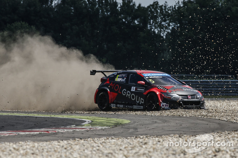Norbert Michelisz, Honda Civic WTCC, Zengo Motorsport crash
