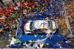 Podium: race winner Sébastien Loeb, Citroën C-Elysée WTCC, Citroën World Touring Car team, second pl