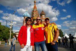 Rob Huff, Lada Vesta WTCC, Lada Sport Rosneft; Ma Qing Hua, Citroën C-Elysée WTCC, Citroën World Tou