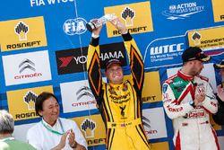 المركز الثاني روب هاف، لادا فيستا دبليو تي سي سي، لادا سبورت