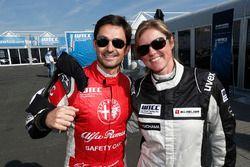 Sabine Schmitz, Chevrolet RML Cruze, ALL-INKL_COM Munnich Motorsport en Bruno Correia, Safety car driver