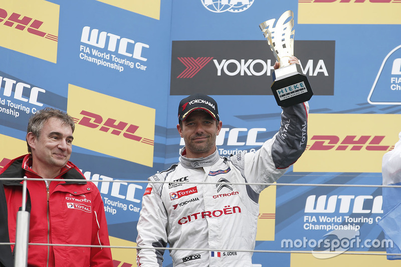 Podium: second place Sébastien Loeb, Citroën C-Elysee WTCC, Citroën World Touring Car team