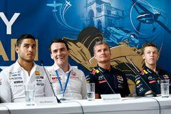 Roy Nissany, Norbert Michelisz, Honda Civic WTCC, Zengo Motorsport, David Coulthard, Daniil Kvyat, R