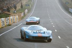 John Wyer Automotive Engineering / Viscount Downe车队15号Mirage M1 (福特GT40 Lightweight)